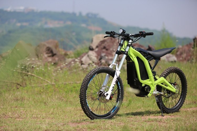electric-dirt-bike-sur-ron-bee-1.jpg